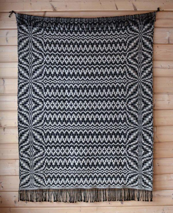 Kelo, käsinkudottu matto