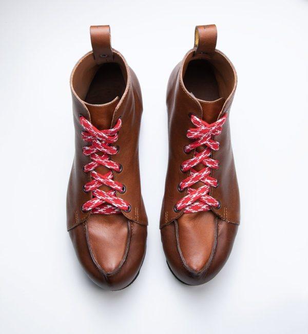 Taveämmi Sneaker-pieksut (keskiruskea nahka)