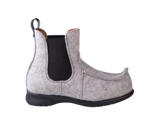 Taveämmi Kiverä-pieksut (vaaleanharmaa huopa, kuvan kenkä kokoa 37)