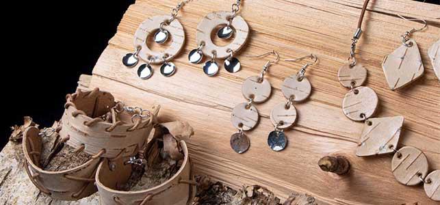 Käsintehtyjä koruja | Inarin Käsityöpuoti