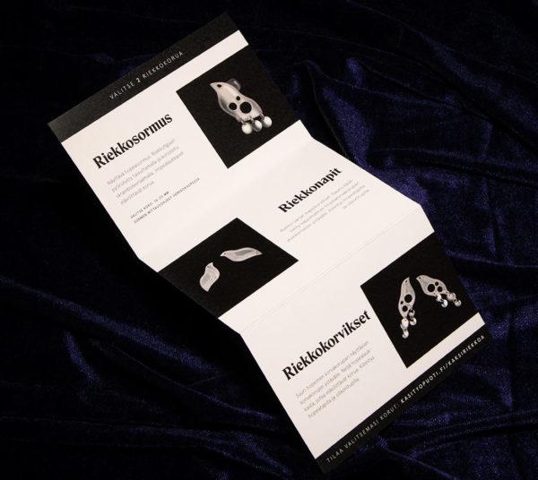 Lahjakortti: Kaksi Hopeariekkoa tilaustuote