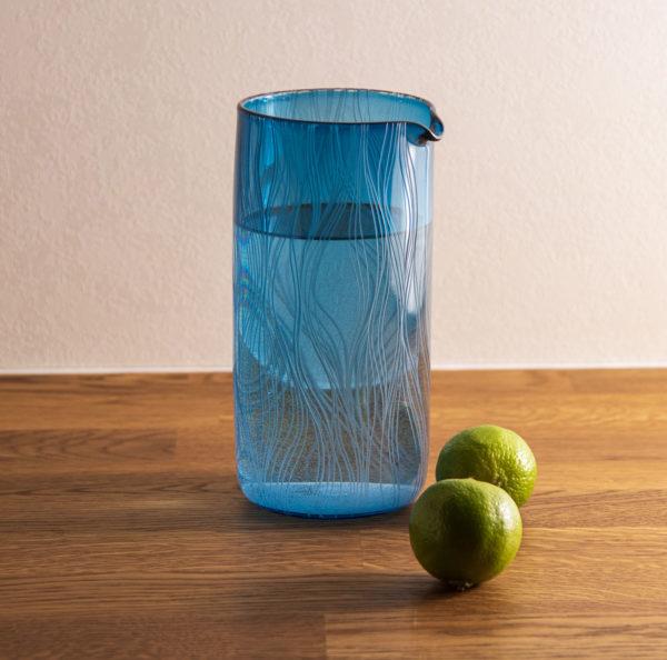 Just add water sininen kannu/karahvi.
