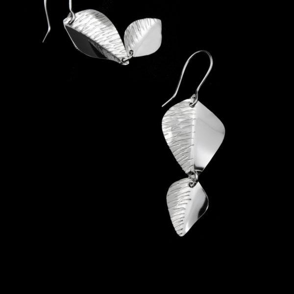 Lehdykkä tupla riippuvat korvakorut hopeaa